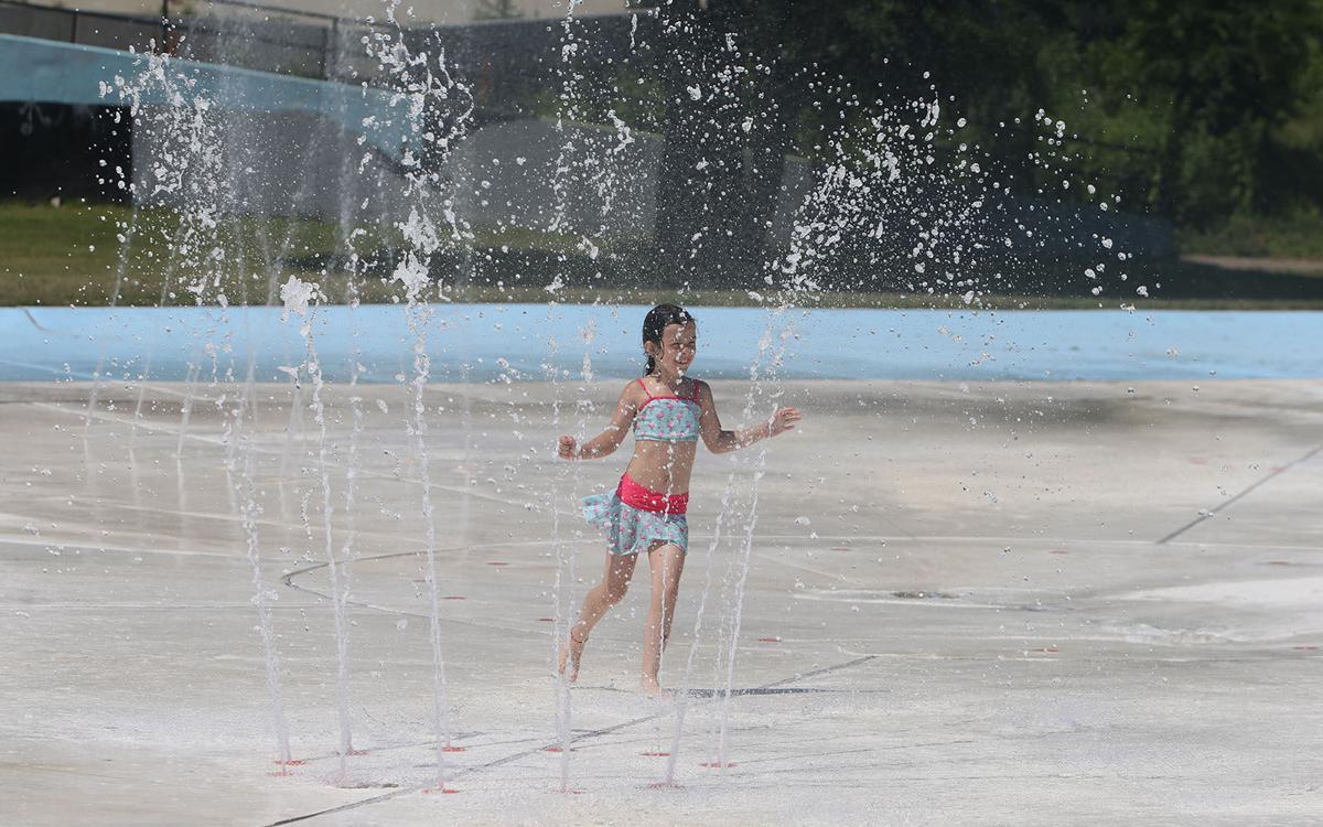 Splashing fun (copy)