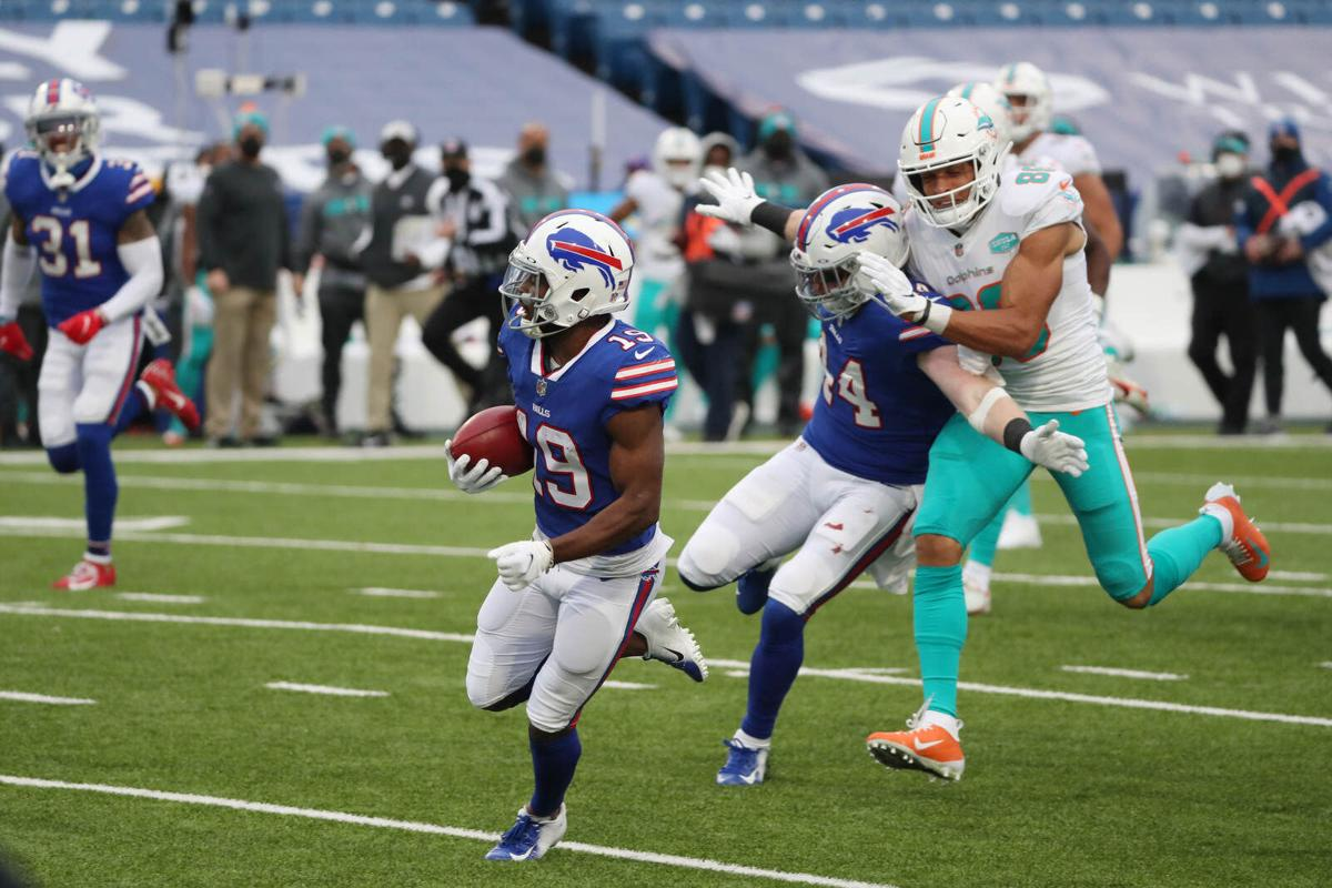 McKenzie 88-yard TD return (copy)