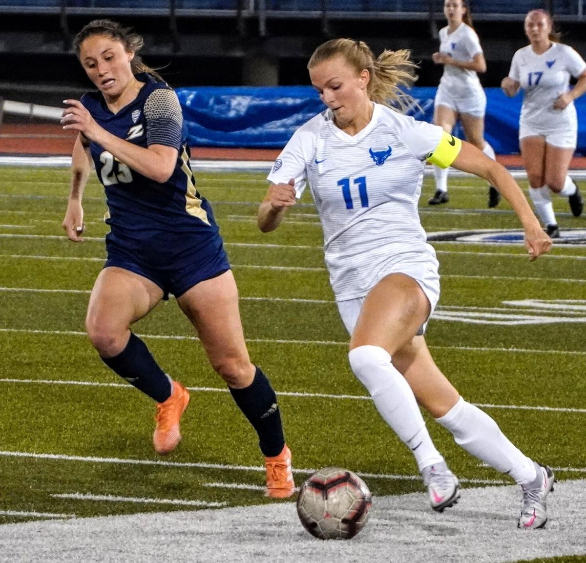 Marcy Barberic UB women's soccer