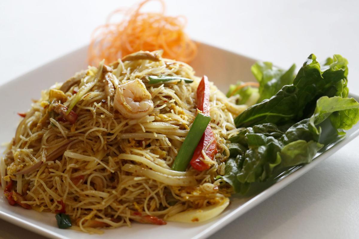 Singapore chow mein fun at Wok & Roll