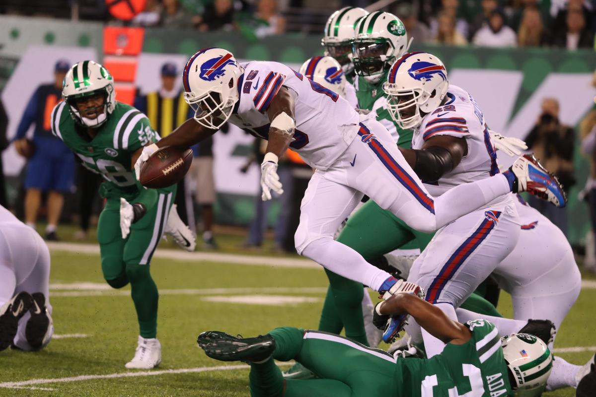 1008994311 McCoy Sports Bills Jets LeSean McCoy