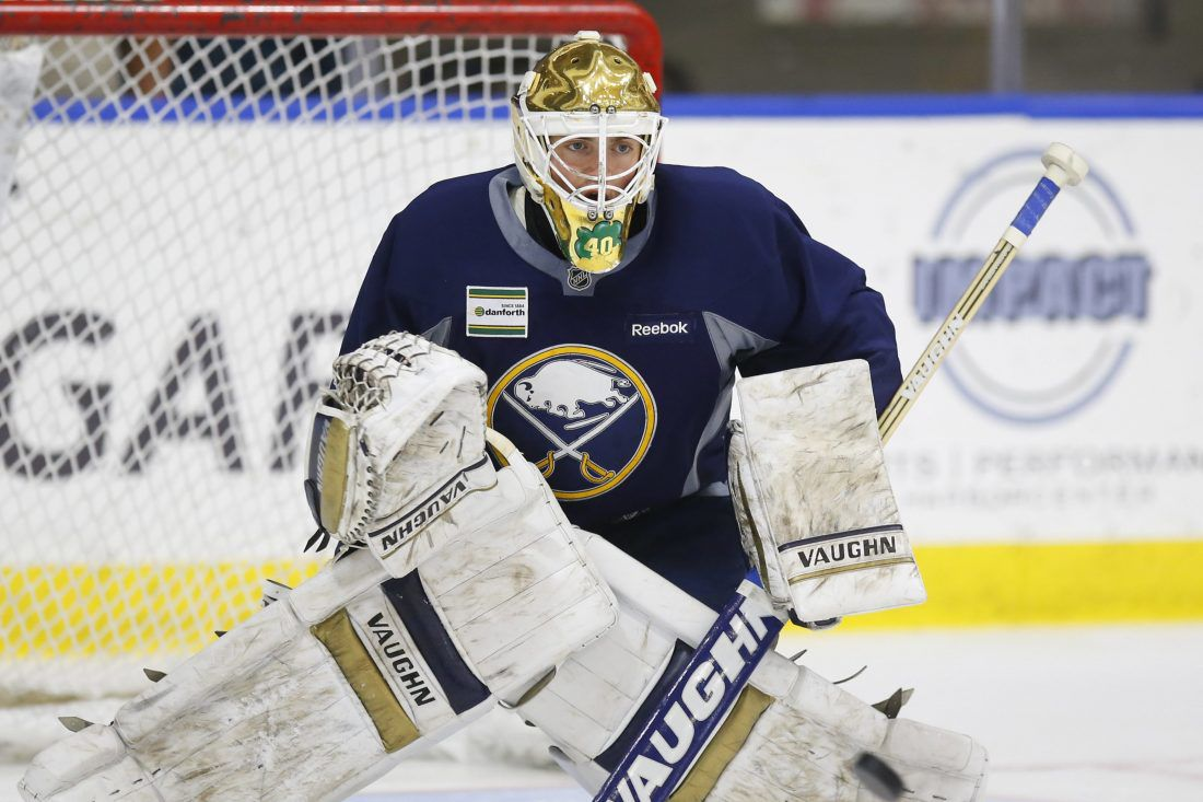 1005255433-Sabres-scull-020-1100x73311