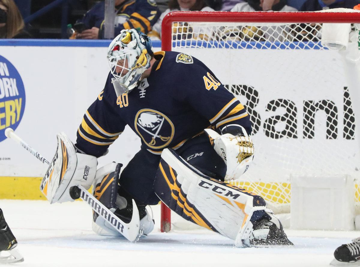 Buffalo Sabres goaltender Carter Hutton (40)_McCoy_October 28,2019