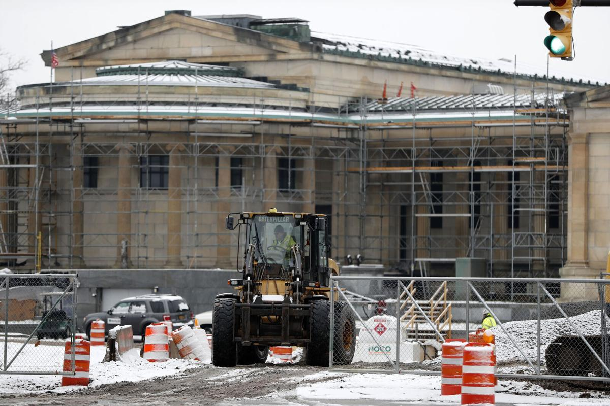Albright-Knox expansion