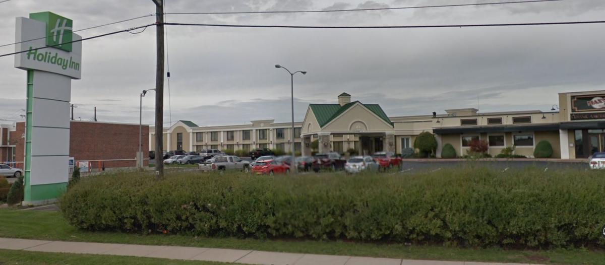 Airport Holiday Inn, Buffalo Ny Storage Unit Auctions