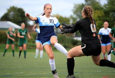Isabella Simoncelli-St Marys-Nichols-High School-Soccer-Scull-Gabby Gambino (copy)