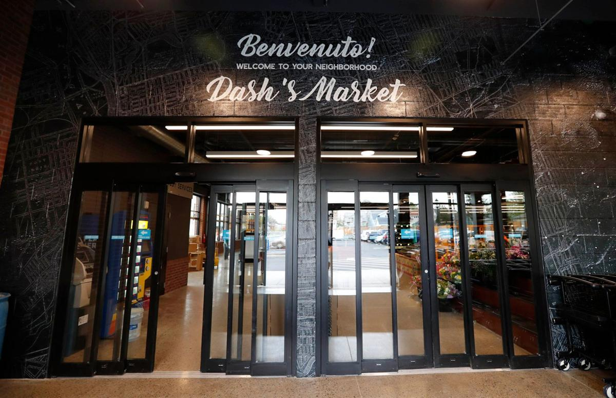 A look inside the new Dash's Market on Hertel (copy)