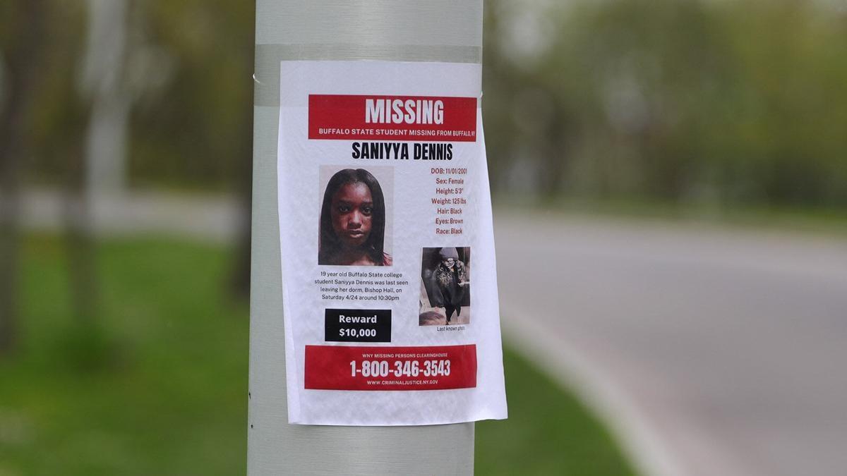 Missing poster: Saniyya Dennis