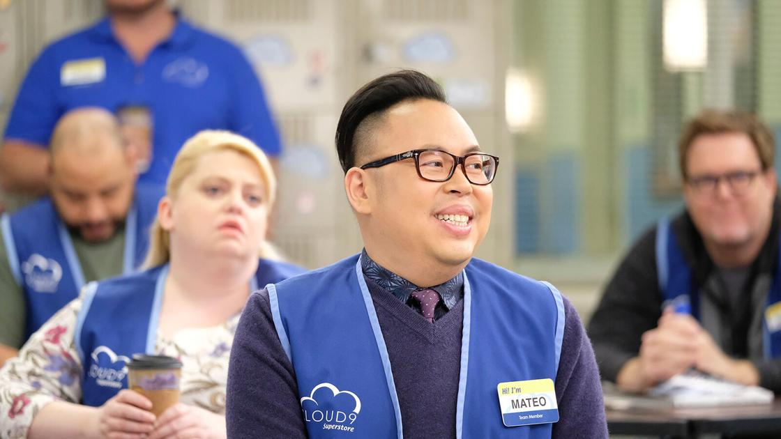 Erik Brady: 'Superstore' is a reminder that before Walmart and Target, there was Zellers