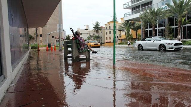 kingtide-floodwaters