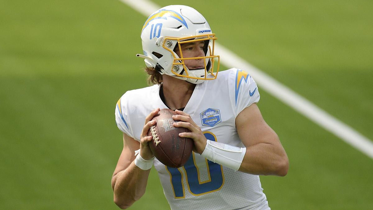 Tyrod Taylor S Replacement Loses His First Duel With Tom Brady Buffalo Sports Buffalonews Com