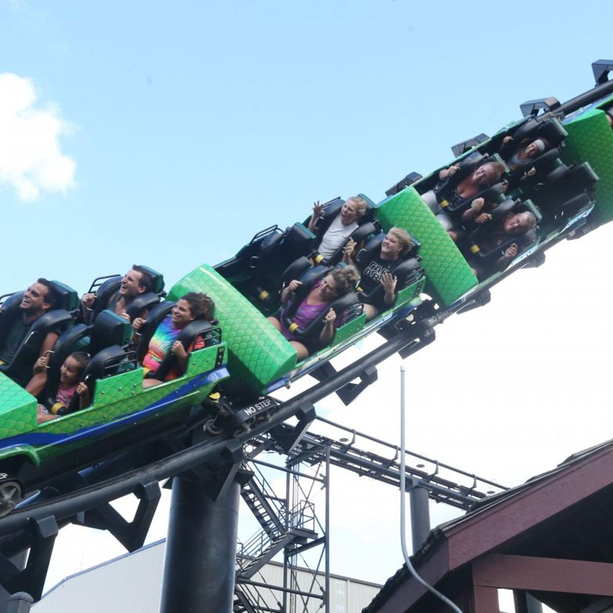 Six Flags Darien Lake Offers Free Park Tickets At Covid Vaccine Clinic Local News Buffalonews Com
