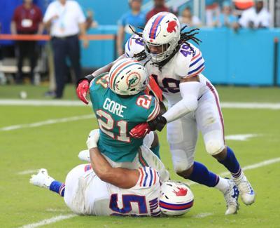 Buffalo-Bills-Miami-Dolphins-Tremaine-Edmunds-Matt-Milano-Harry-Scull-Jr