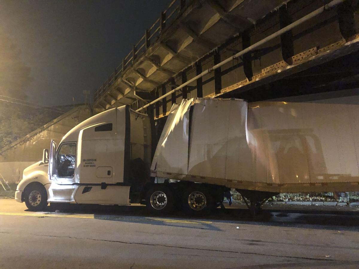 truck csx bridge crash tonawanda