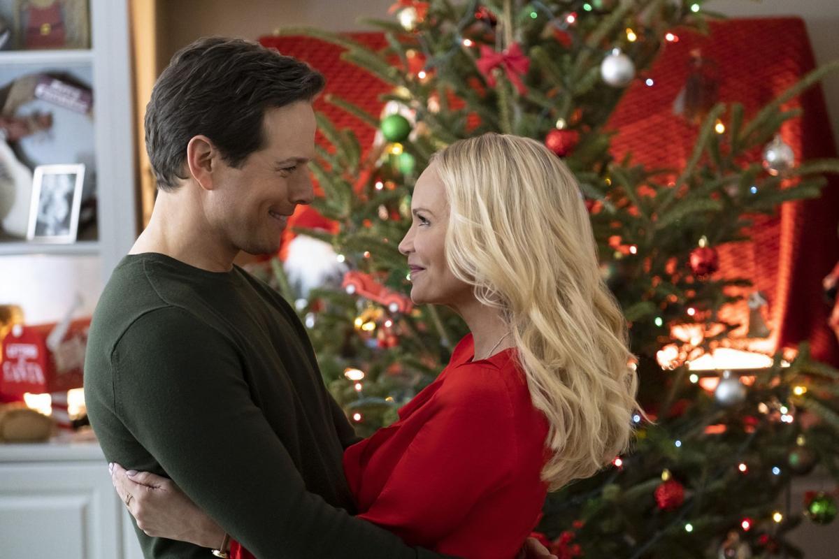 Hallmark A Christmas Love Story crop _377_CB_RT
