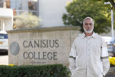 Khalil Nieves Canisius College