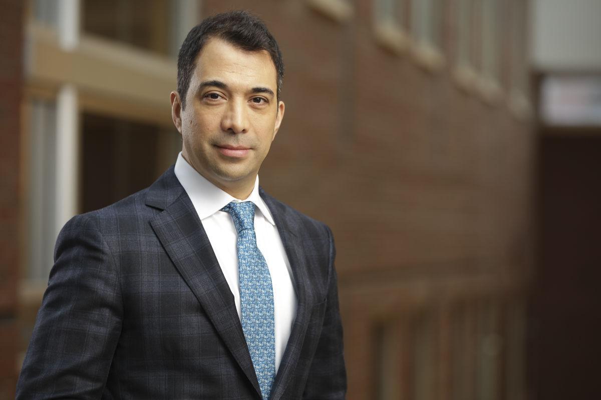 Dr. Roberto Hernandez-Alejandro
