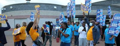 Labor support tilting toward Brown despite Walton's gains