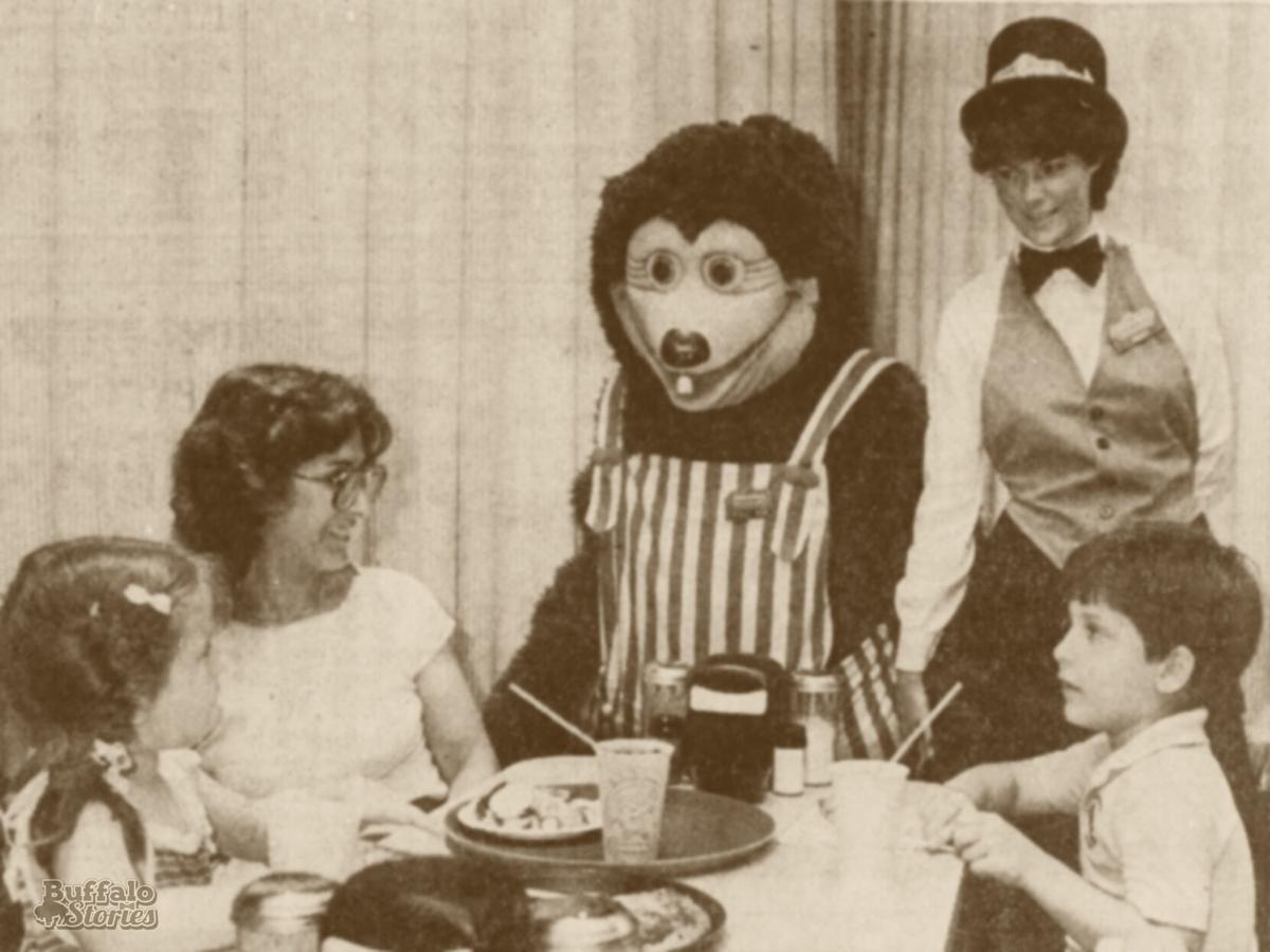 Showbiz Billy Bob at table