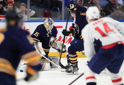 Linus-Ullmark-Sabres-Capitals-NHL-KeyBank Center-Scull