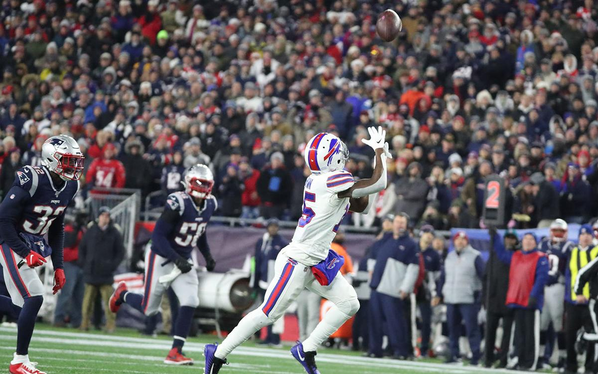Bills Favored Against Patriots For First Time In Five Years Buffalo Bills News Nfl Buffalonews Com