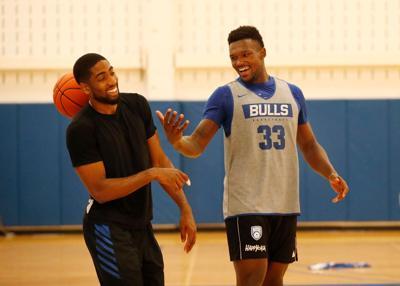 UB basketball alumni team