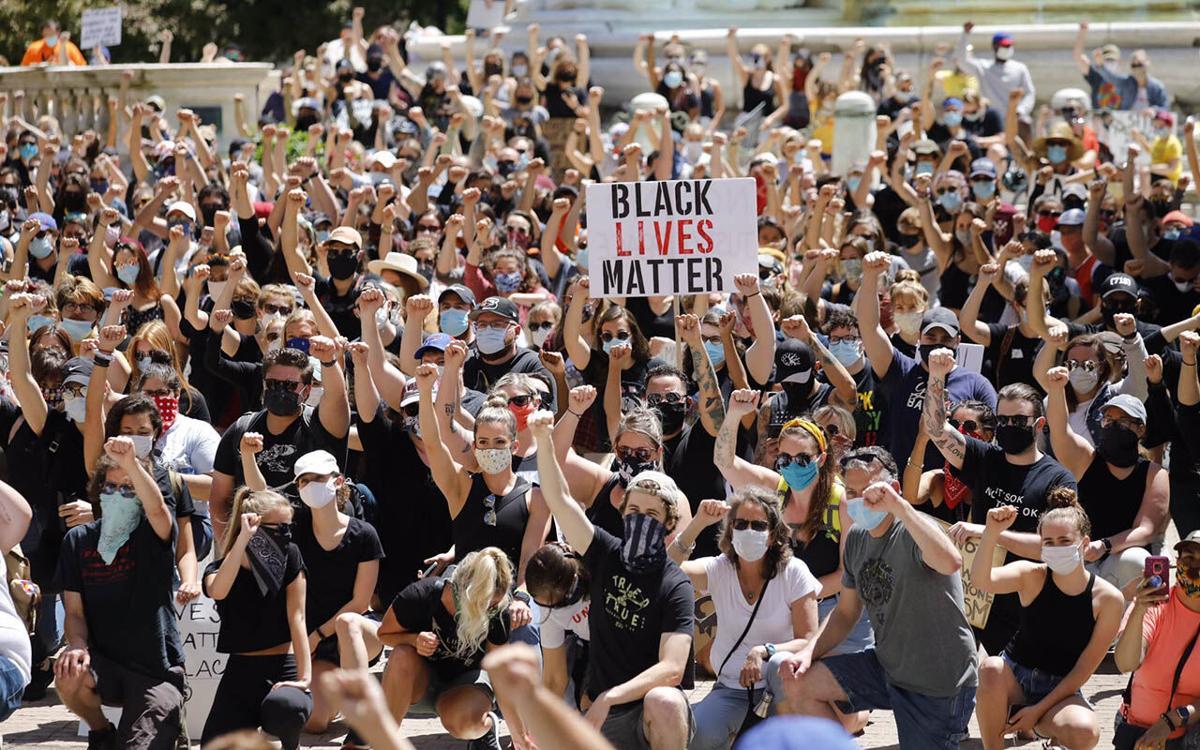 Watch Now Hundreds Gather Across Buffalo To Pray Protest Police Brutality Local News Buffalonews Com