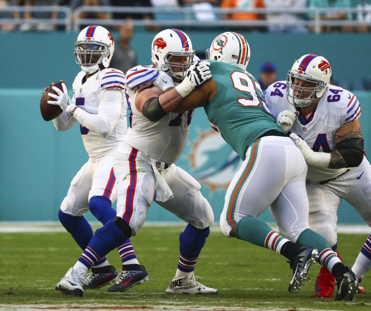 Bills Dolphins Tyrod Taylor