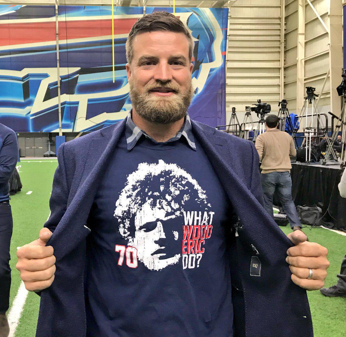 Former Bills QB Ryan Fitzpatrick makes amazing fashion statement ...