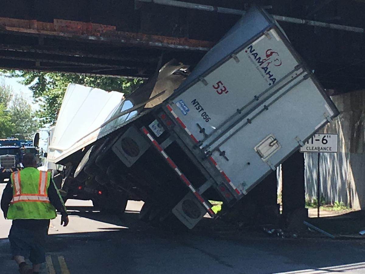 Truck-hits-CSX-bridge-1