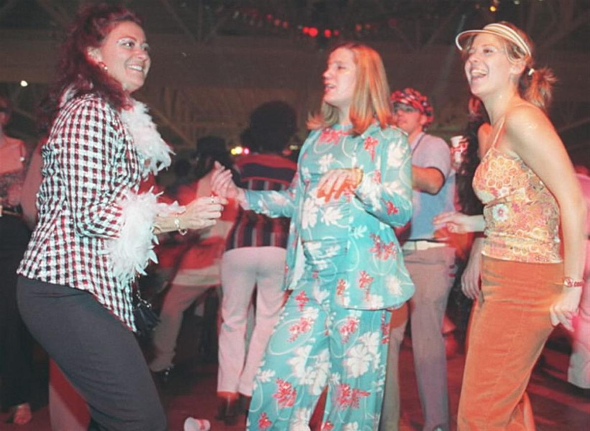 Memorable scenes from past World's Largest Discos
