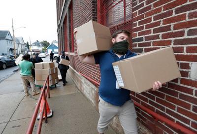 Buffalo Schools distributes iPads to students