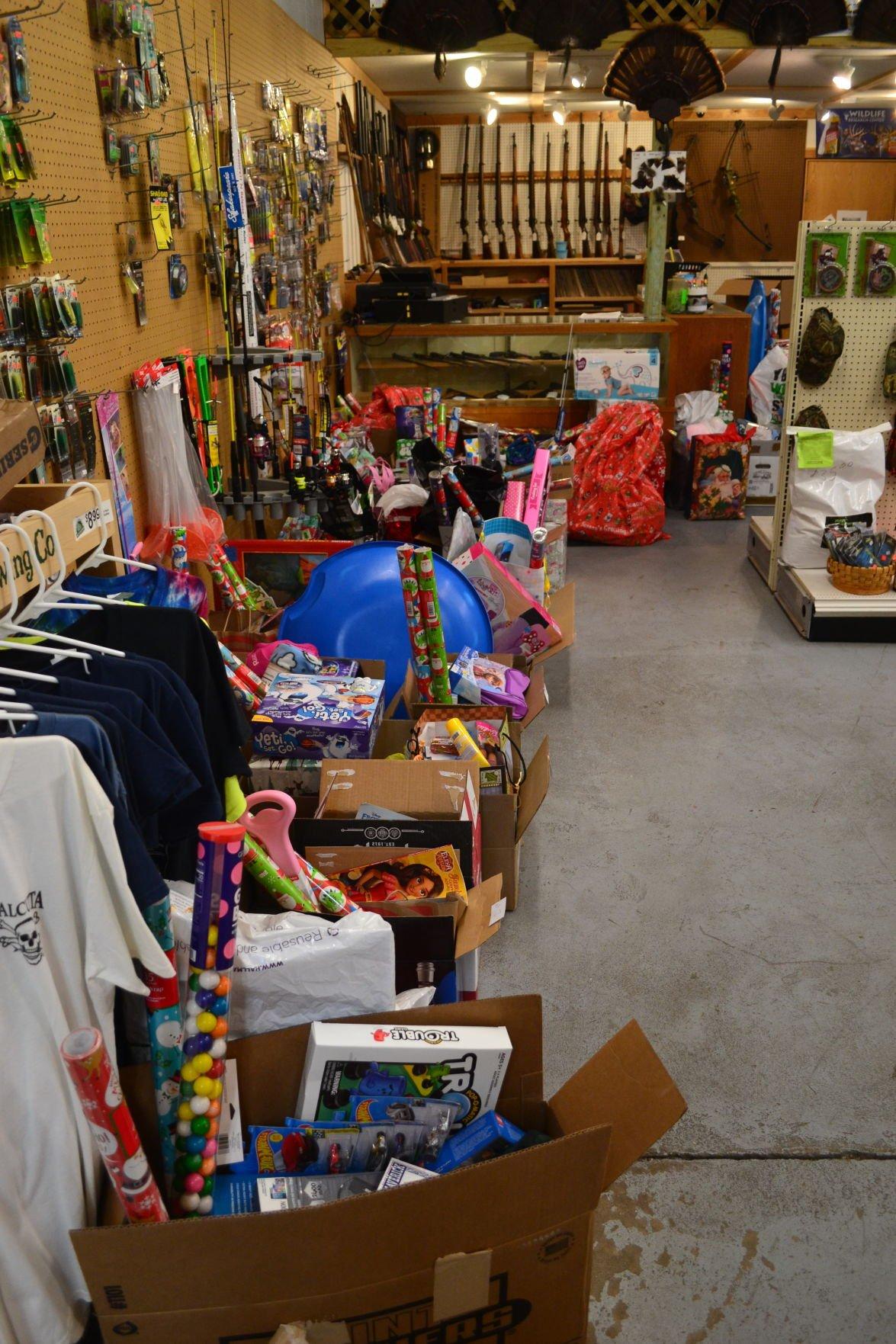 Kids for Christmas donates toys to local Grantsburg kids 2.JPG