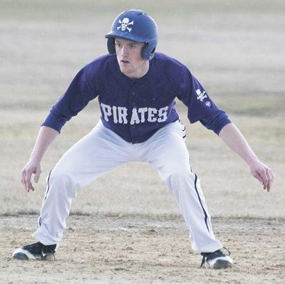 Pirates drop conference  game to L/F