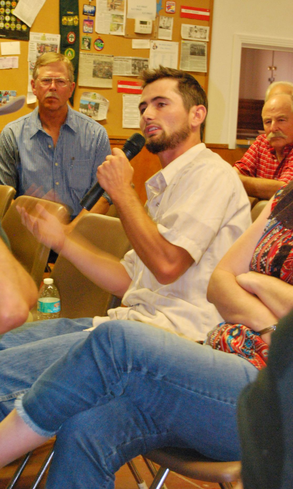 Second cannabis debate draws a divided crowd in Valley Springs
