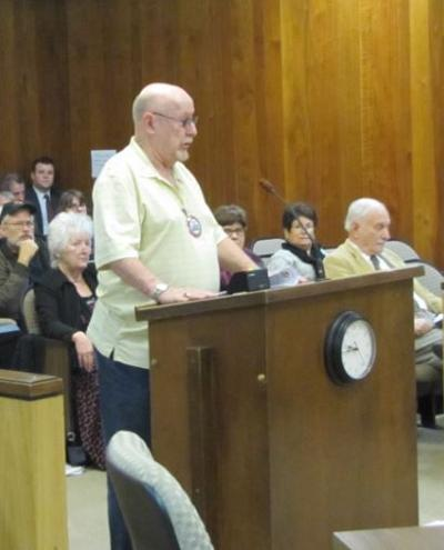Supervisors buck trend in electing new chairman