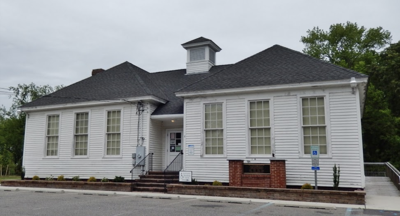 Whitesboro school exterior.png