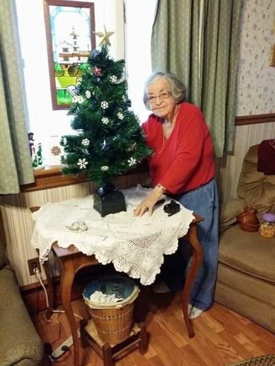 Daughter of Early Settlers Remembered