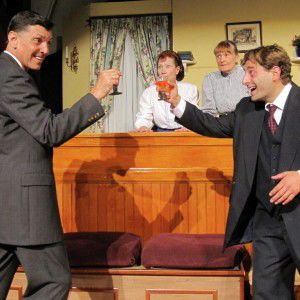 """""""Arsenic and Old Lace"""" Returns to East Lynne Theater Company"""