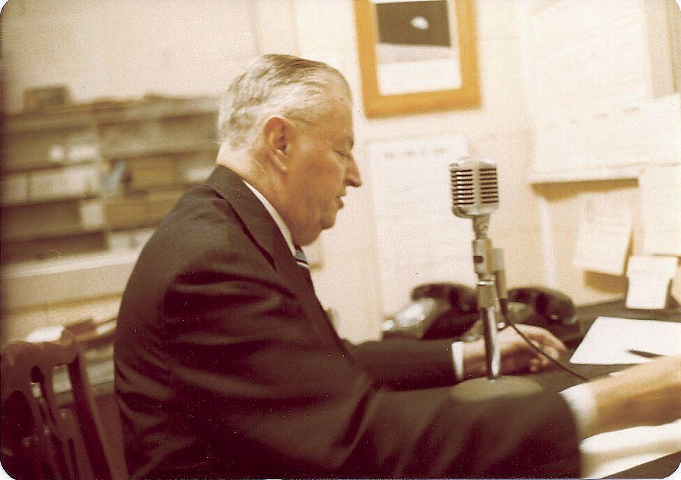 FM Carl McIntire Story 3.tif