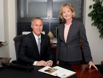 "Donald Robbins and Terry Esposito Designated a ""Premiere Advisor"" by Wells Fargo Advisors"