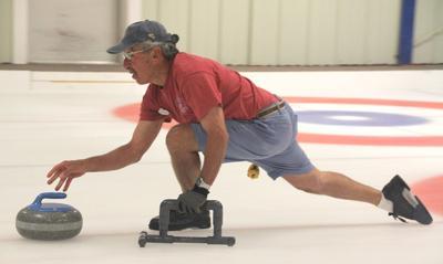 Curling Richard Lousararian