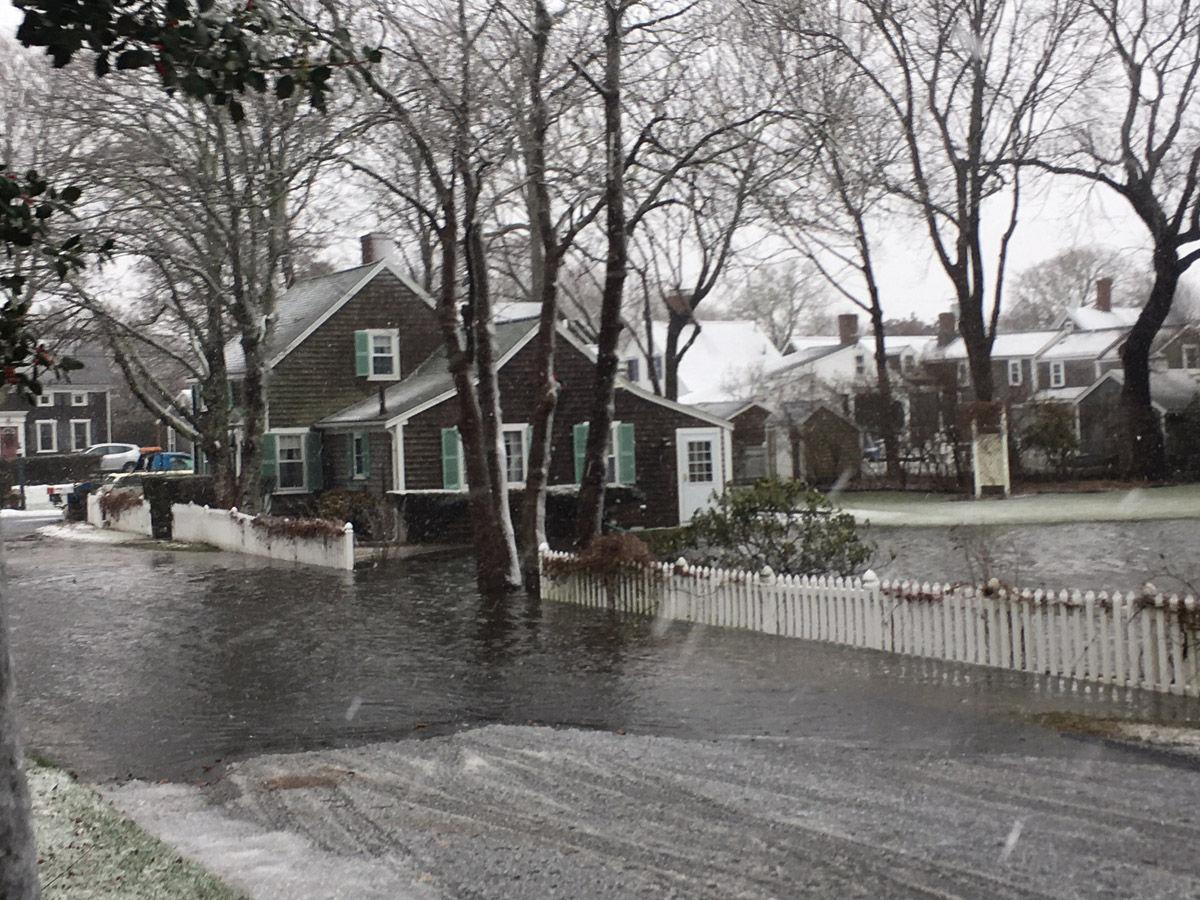 Storm hits upper cape high tide causes flooding falmouth news storm hits upper cape high tide causes flooding falmouth news capenews nvjuhfo Choice Image