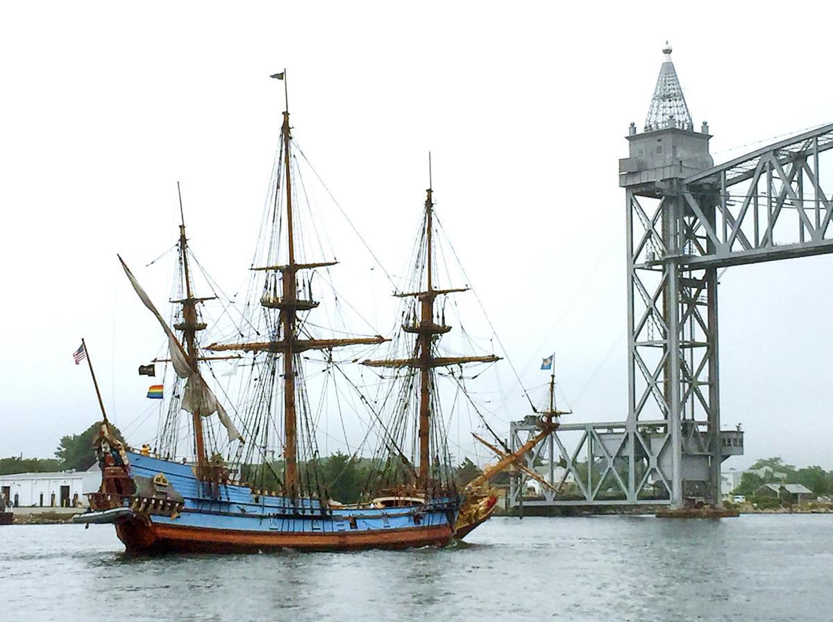 Kalmar Nyckel Transits The Cape Cod Canal