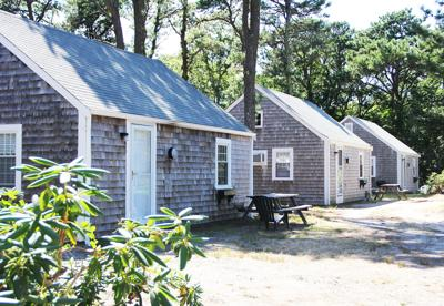 Pleasing Last Of Pine Groves Cottages Becoming Condos Sandwich Home Interior And Landscaping Spoatsignezvosmurscom