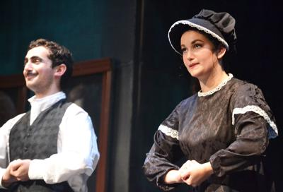 Rules Of Etiquette Taken To The Absurd In An Enjoyable 'Ruddigore