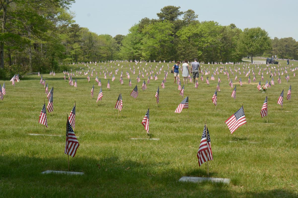 Enterprise Open On Sunday >> Sun Shines On National Cemetery's Memorial Day Service | Bourne News | capenews.net