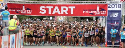 Falmouth Road Race Men's Start