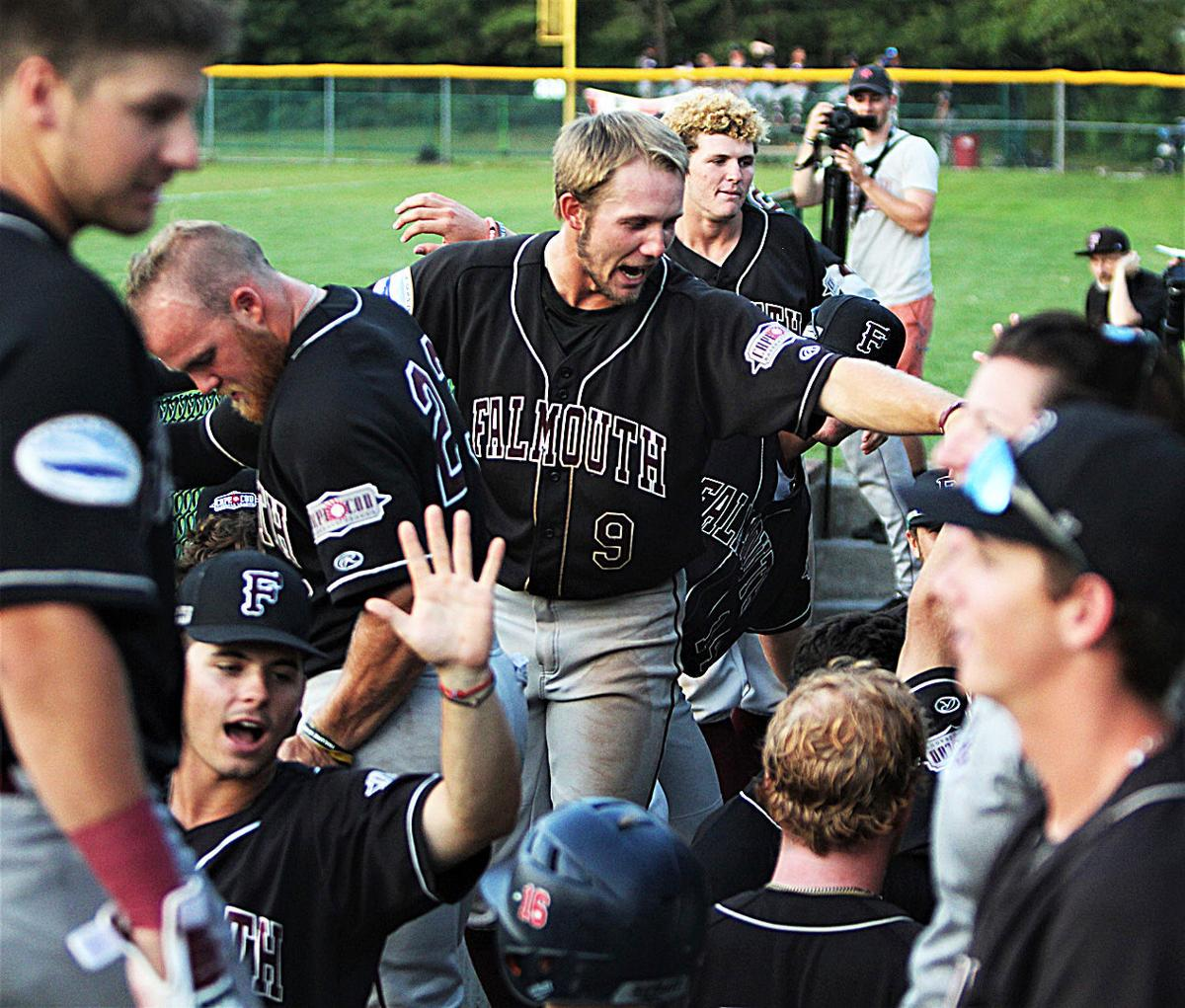 Falmouth Commodores vs Cotuit - July 30, 2019
