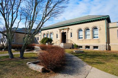 Falmouth Public Library